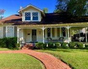 421 East Claiborne, Greenwood image