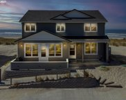 210 NW OCEANIA  DR, Waldport image
