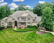 511 Fallview Court, Clearcreek Twp image
