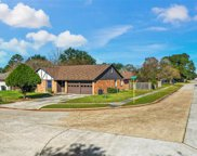 8611 Pinemill Road, Humble image