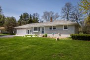 10225 N Greenview Dr, Mequon image