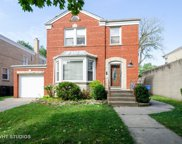 2938 West Pratt Boulevard, Chicago image