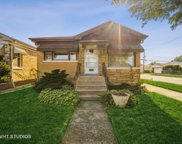 5301 N Meade Avenue, Chicago image