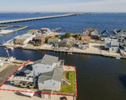 33 Cruiser Court, Toms River image