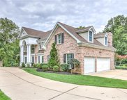 12820 Topping Woods Estate  Drive, St Louis image