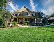 105 Gainswood  Drive, Mooresville image