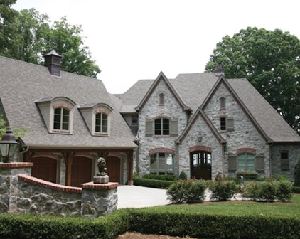 505 Queensferry Road, Cary