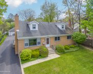 299 Mills Court, Lake Forest image