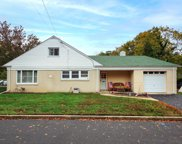 7 Irving Place, Eatontown image