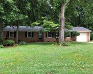 852 Fieldstone  Road, Mooresville image