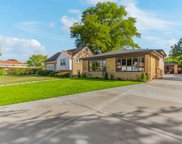 3827 West Fitch Avenue, Lincolnwood image