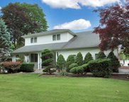 35 Dryden Way, Commack image