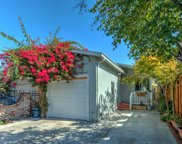 536 Stanford Ave, Redwood City image
