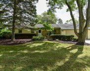 10212 N Sunnycrest Dr, Mequon image