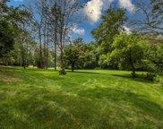 1400 Woodlawn Cir, Elm Grove image