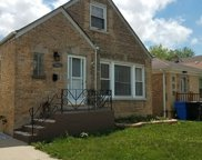 7333 W Touhy Avenue, Chicago image