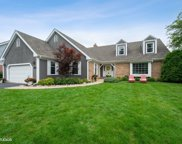 919 Wedgewood Drive, Glenview image