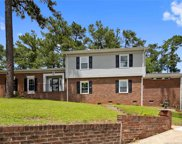 2618 S Edgewater  Drive, Fayetteville image