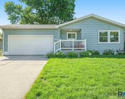 909 S Paulton Ave, Sioux Falls image