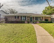9424 Hunters Creek Drive, Dallas image
