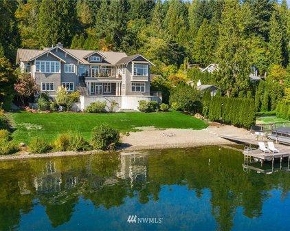 2100 W Lake Sammamish Parkway SE, Bellevue