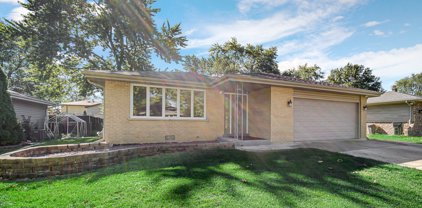 4923 Forest Court, Oak Forest