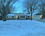 10413 N Riverview Ct, Mequon image