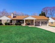 1124 Sunset Ct, Grafton image