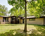 511 Forest Hill Road, Lake Forest image