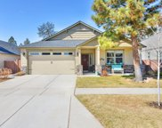 63257 Newhall, Bend image