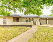 4029 Alicante Avenue, Fort Worth image