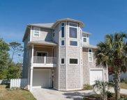 208 Oak Outlook Way N, Carolina Beach image