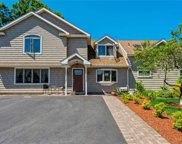 67 Spindle  Road, Hicksville image
