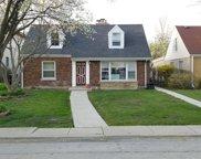 3724 W Albion Avenue, Lincolnwood image