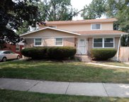15706 Woodlawn East Avenue, South Holland image
