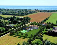 414 & 414A Hedges  Lane, Sagaponack image