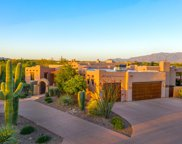 2718 W Desert Splendor, Oro Valley image