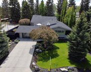 1021 Bel-Aire Drive Sw, Calgary image