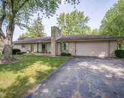 16980 Beverly Dr, Brookfield image