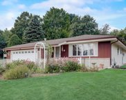 22194 W Valley Rd, Brookfield image