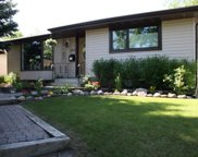 5331 Lakeview Drive Sw, Calgary image