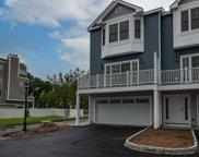 301 Harbour Close Unit 302, New Haven image
