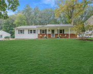 48 Derby  Place, Smithtown image