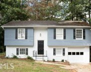 568 Dove Tail Ct, Conyers image