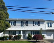 2524 Horace  Ct, Bellmore image