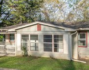 60 Thelma, Rossville image