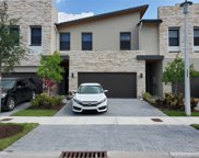 10552 Nw 81st Ter, Doral image