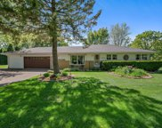 10313 N Sunnycrest Dr, Mequon image