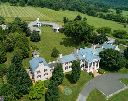 21515 Trappe Rd, Upperville