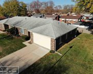 22627 SHOREVIEW Unit Unit 32, St. Clair Shores image